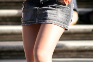 Etwas übers Knie brechen - © ecerroni, morguefile.com